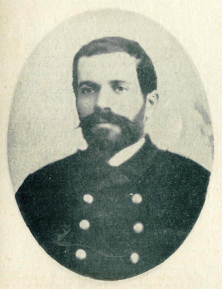 D. Francisco de la Rocha y Pérez. Comandante del TERROR. El Mundo Naval Ilustrado. Año 1898.JPG