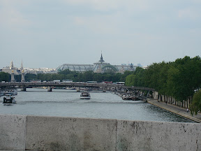 Another look down the Seine toward the Grand Palais