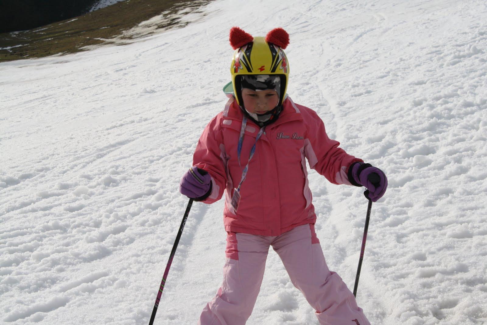 Zdjęcia z zimowiska organizowanego przez MHD dla grupy 23 braci i sióstr Małych Pacjentów.  Rabka Zdrój 6-12.02.2011