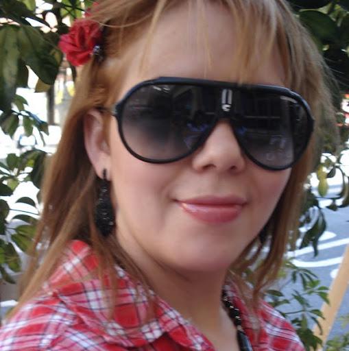 Glenda Caballero Photo 15