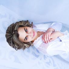 Wedding photographer Yana Starygina (Yanastary). Photo of 14.02.2016