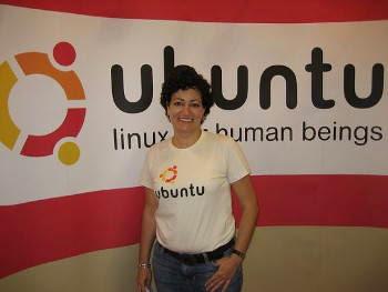 "Jane Silber, CEO de Canonical con respecto a Ubuntu Edge: ""no se trata solamente de recaudar dinero, se trata de mostra las necesidades de innovación que requiere la tecnología actualmente"""
