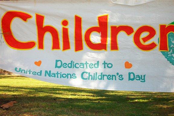 2009 Childrens Day Parade - 100_3435.JPG