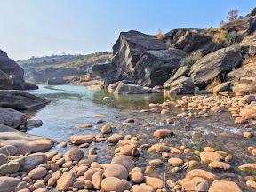 One has to pass through the shallow water of River Sohan to reach the fort, Pharwala fort