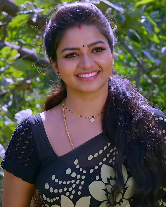 Nandini TV Serial Actress Nithya Ram Saree Pics