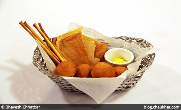 Bread Basket at Dezio, Kalyani Nagar, Pune