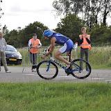 2011 07 03 Triathlon Noordwijkerhout 2 Fietsen ( bij Corneliabrug ) door Lex
