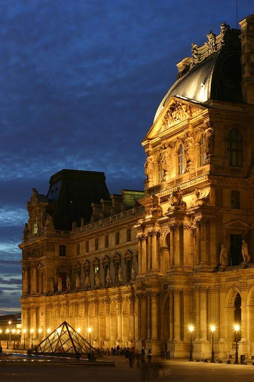 [Louvre_Museum+2%5B3%5D]