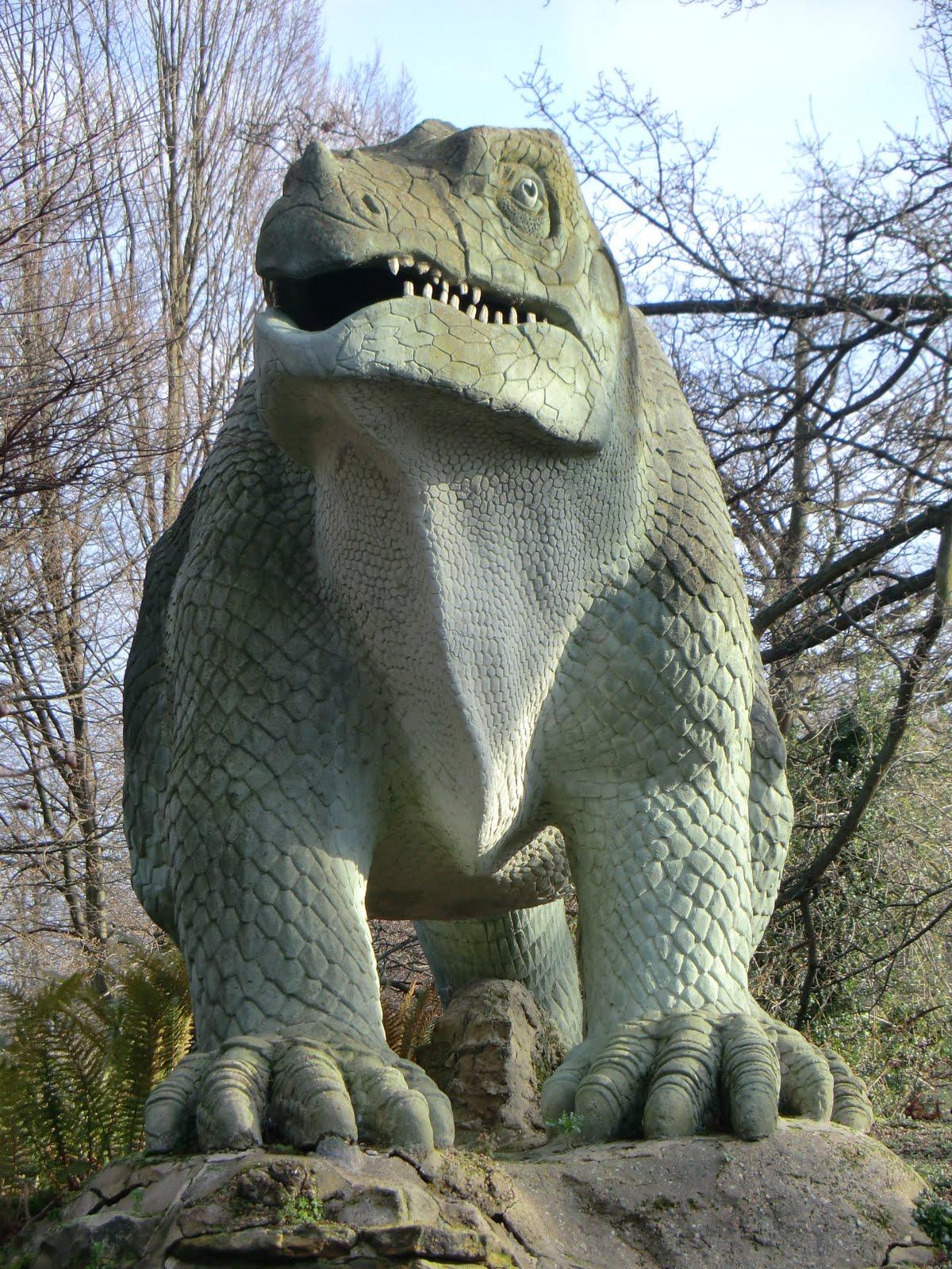 CIMG9770 Iguanodon, Crystal Palace Park