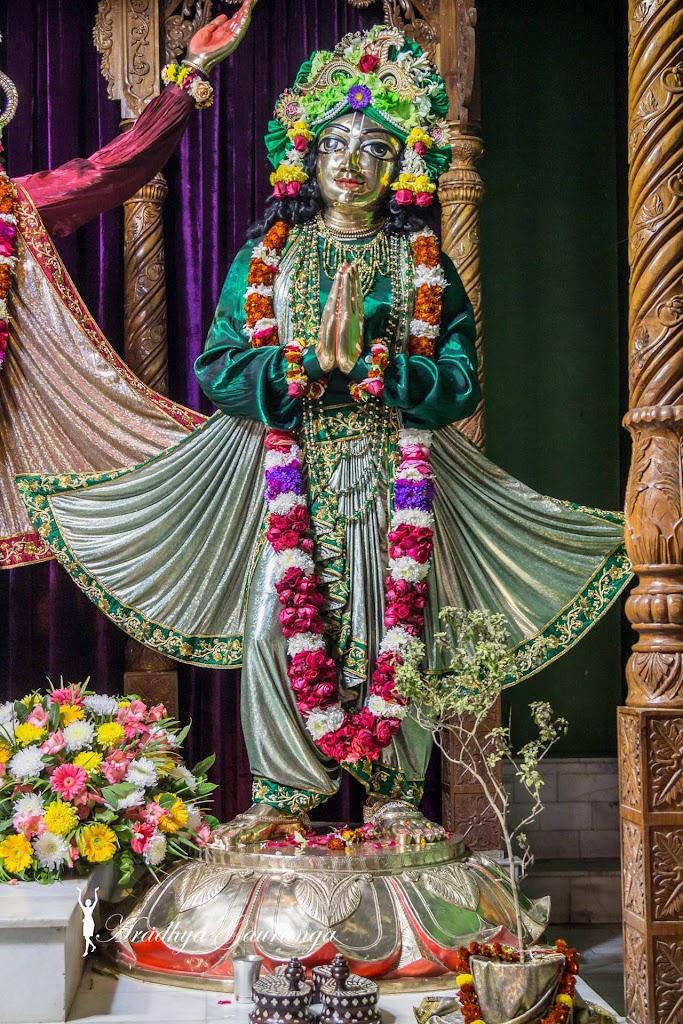ISKCON Mayapur Deity Darshan 13 Jan 2017 (26)