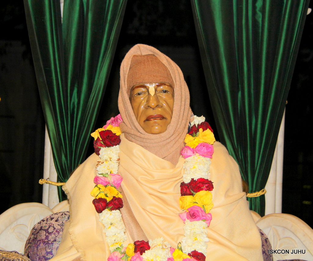 ISKCON Juhu Mangal Deity Darshan on 20th Jan 2017 (2)