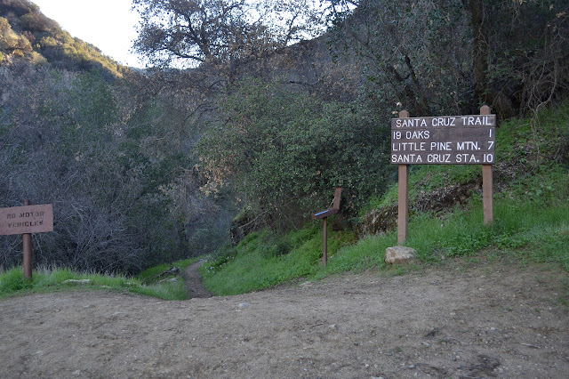 start of Santa Cruz Trail