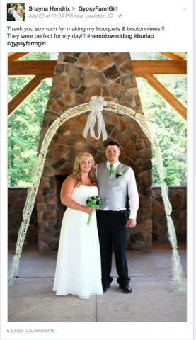 lime green, grey, and black burlap wedding