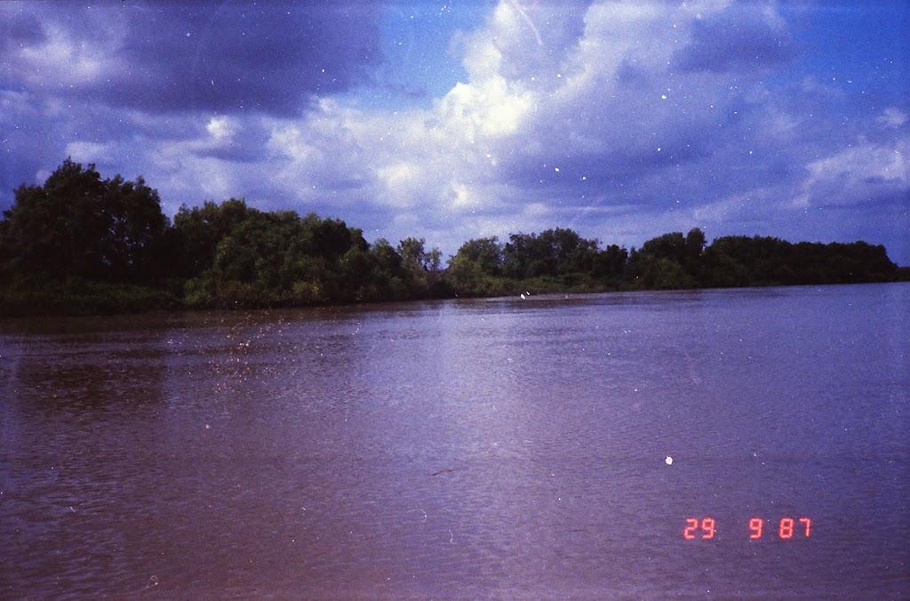 6030Adelaide River Croc Tour