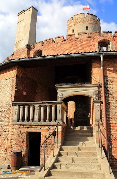 wejście do wieży Twierdzy Wisłoujście w Gdańsku