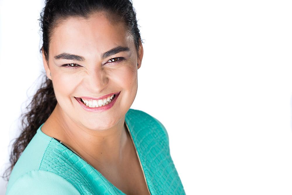 Marta trabalha na empresa xyz seu cargo é o de consultora especializada em organização seu trabalho consiste 4