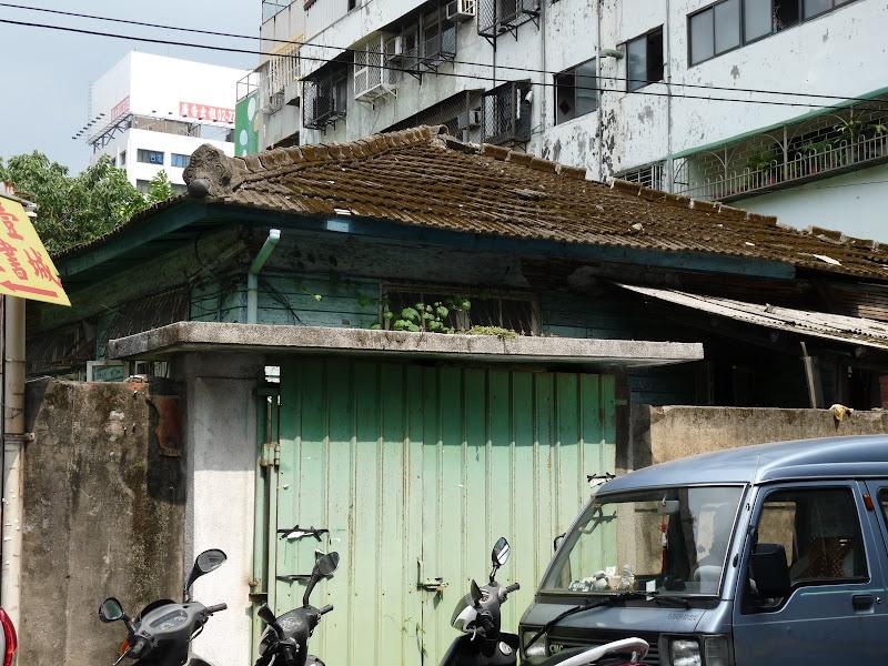 Vieilles maisons japonaises hélas en ruine