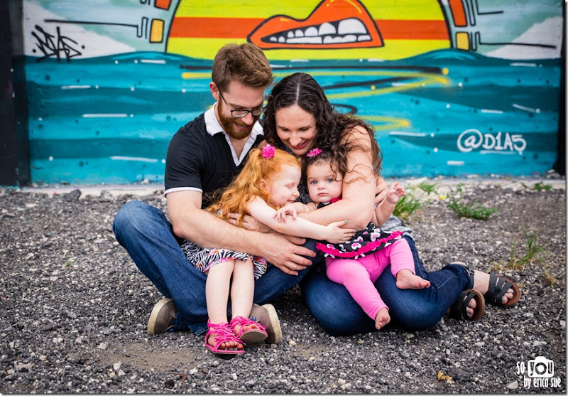 wynwood-walls-miami-family-photo-session-maternity-1194