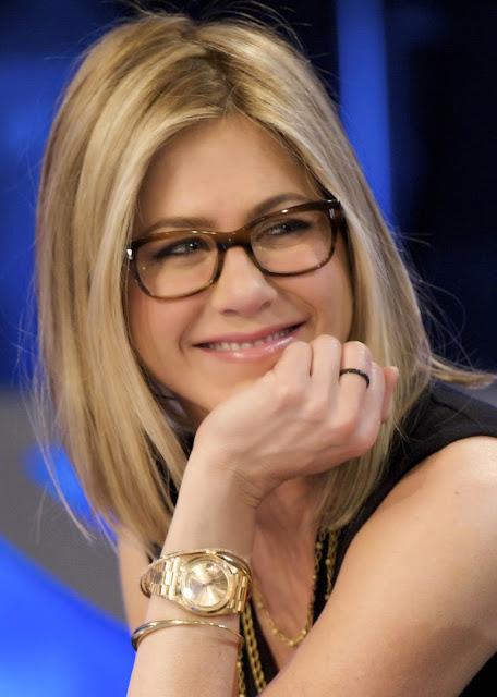 fb3d7257f08ed Jennifer Aniston Spotted Wearing Aviator Eyeglasses