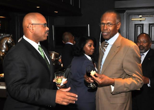 Sept. 2011: MAC Hosts NFBPA President & Executive Director - DSC_0021.JPG