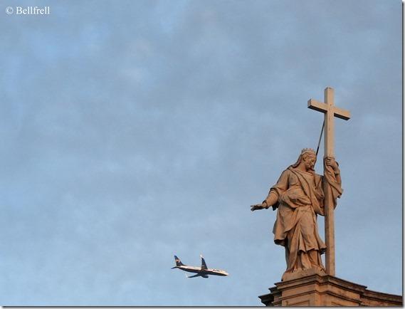 Santa Croce Gerusalemme (3) mit Flugzeug