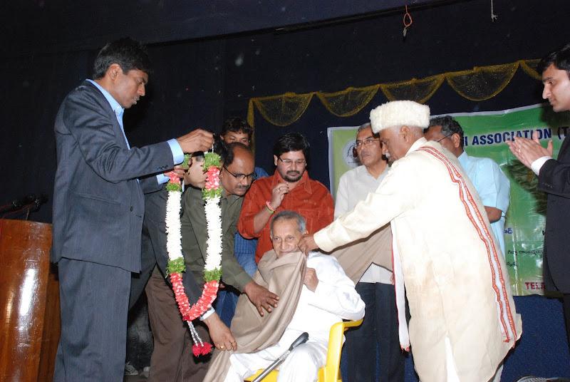 Felicitation of Honarary chief guest Narayan Rao Pawar