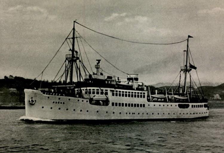 23- El LVOV en 1956. Foto remitida por Nicholas Mitiuckov.jpg