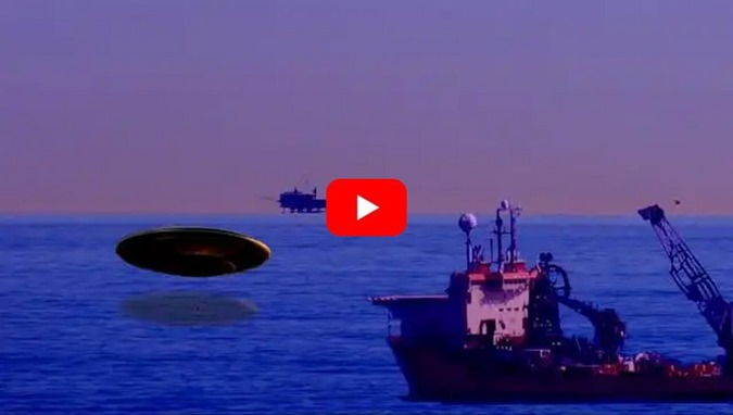 UFOs enormes emergem do mar no Golfo do México
