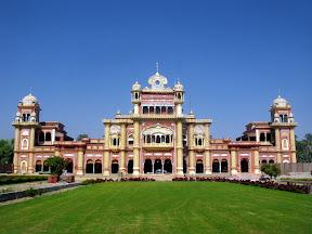 Main Building of Faiz Mahal, Khairpu