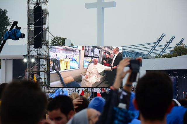Đức Thánh Cha trong buổi ra mắt các bạn trẻ tại công viên Błonia