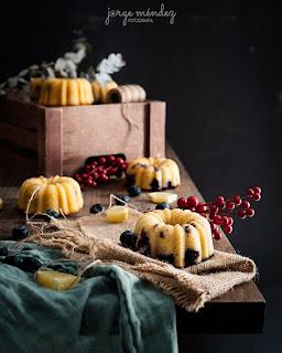 Mini Bundts Cakes de Limón y Arándanos
