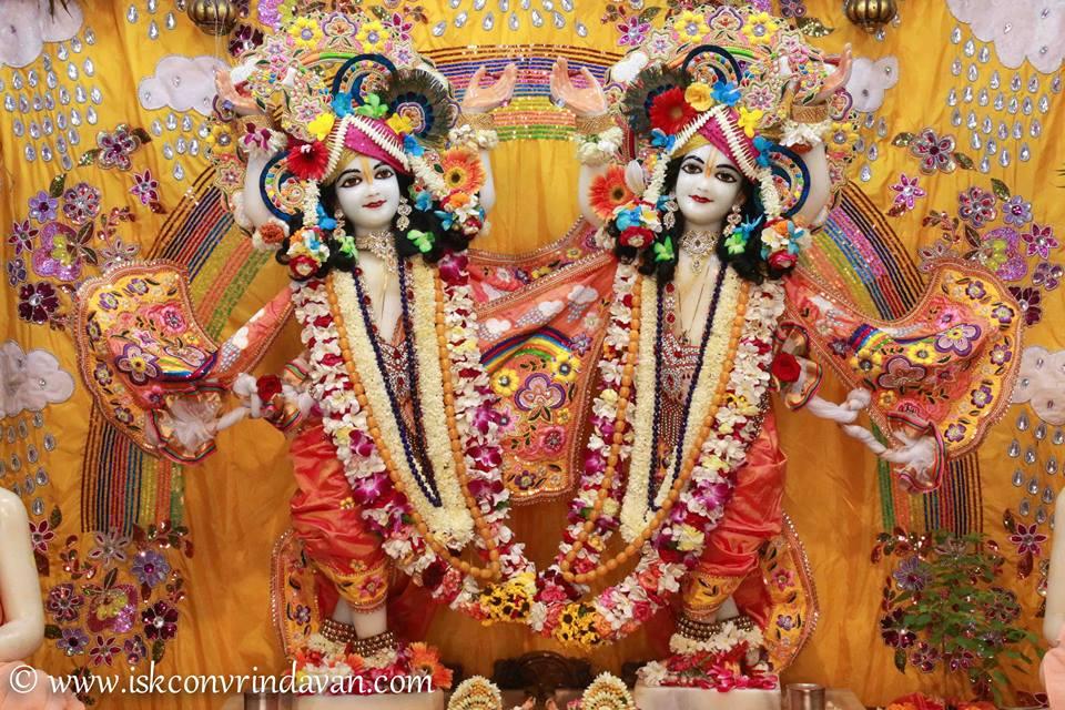 ISKCON Vrindavan Shringar Deity Darshan 11 May  2016 (19)