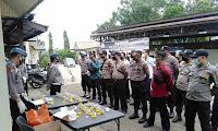 22 Personel Polres Sekadau Laksanakan Tes Urine