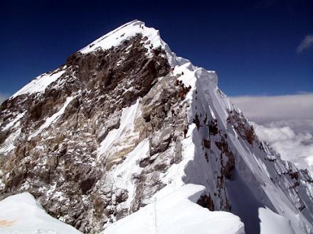 Δύο ορειβάτες τα πρώτα θύματα της φετινής σεζόν στο Έβερεστ