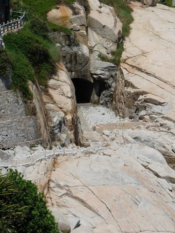 encore un tunnel creusé a la main...