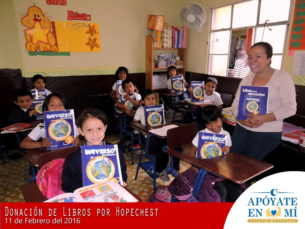 Donacion-de-Libros-de-Texto-por-Hope-Chest-03