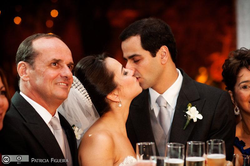 Foto de casamento 1631 de Nathalia e Fernando. Marcações: 04/12/2010, Casamento Nathalia e Fernando, Niteroi.