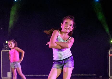 Han Balk Dance by Fernanda-0812.jpg