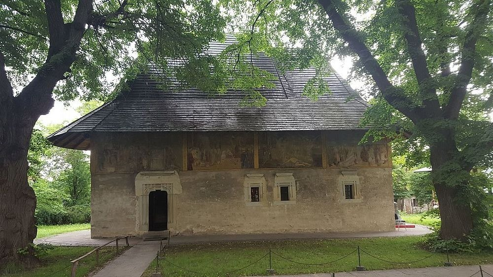 suceava-monastery-1