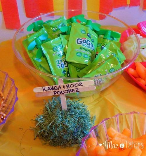 Winnie the Pooh Birthday Party Food Ideas: Kanga & Roo's Pouches