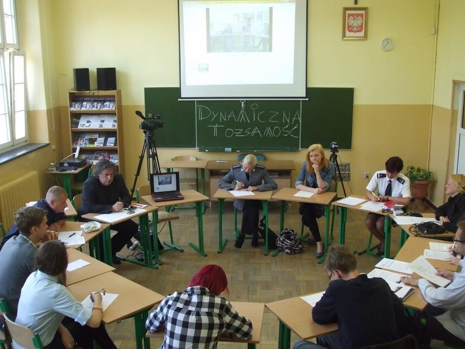 Godziny wychowawcze - przygotowanie Konferencji z GCPU - Dynamiczna Tożsamość 08-05-2012 - 4.JPG