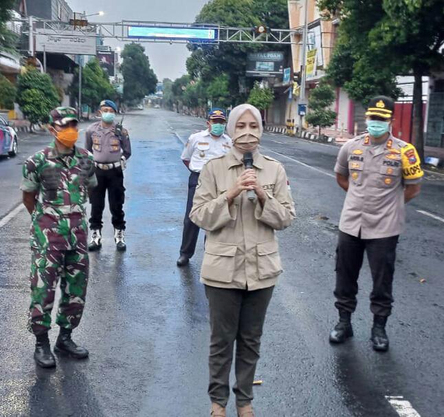 Pemkab Jember Libatkan TNI-Polri Dalam Pemeriksaan di 5 Pintu Masuk Kabupaten Jember