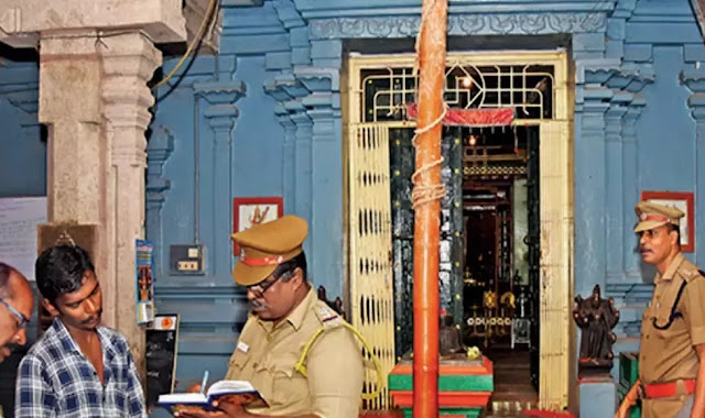 Arcot police arrested two people and retrieved the idol of Kanar Bajanai Street