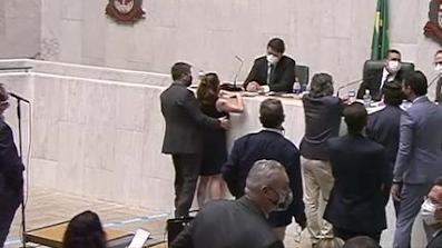 Cidadania Nacional afasta deputado estadual paulista Fernando Cury de todas as funções ligadas ao partido