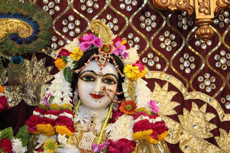 ISKCON Vallabh Vidhyanagar  Deity Darshan 09 April 2016 (9)