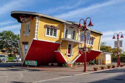 दुनिया के 5 सबसे विचित्र दिखने वाले घर | 5 most bizarre looking houses in the world