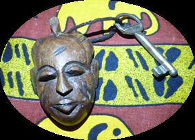 Llavero y llave de la cabaña