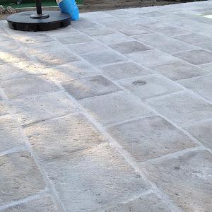Borde piscina vierteaguas blanco hueso y acerado chasnera 42 blanco hueso 2.jpg