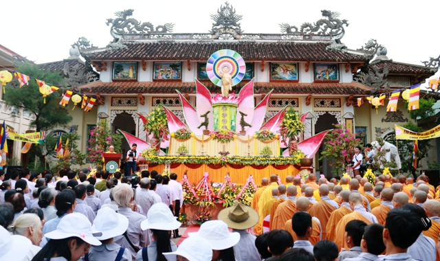 Đại lễ Phật Đản PL 2560 trang nghiêm tổ chức tại chùa Tỉnh hội Phật học