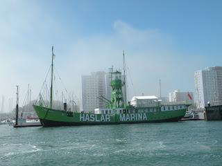 """Госпорт. Возвращение в Портсмут на катере. Корабль """"Haslar Marina"""""""